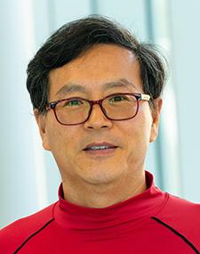 Yong Seog Kim
